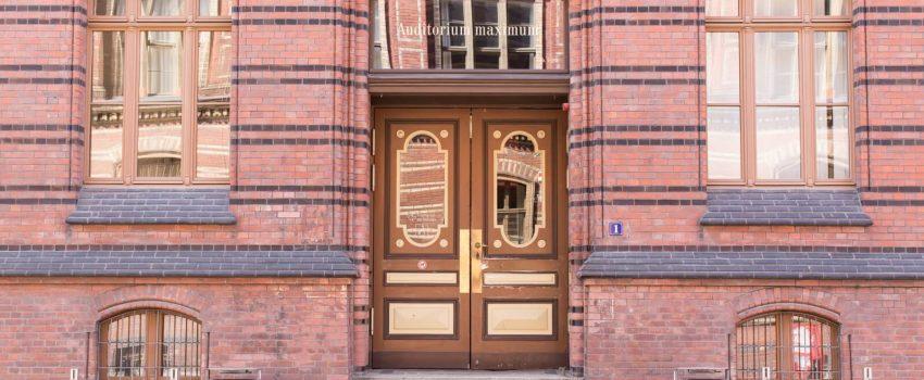 bezpieczne drzwi zewnętrzne